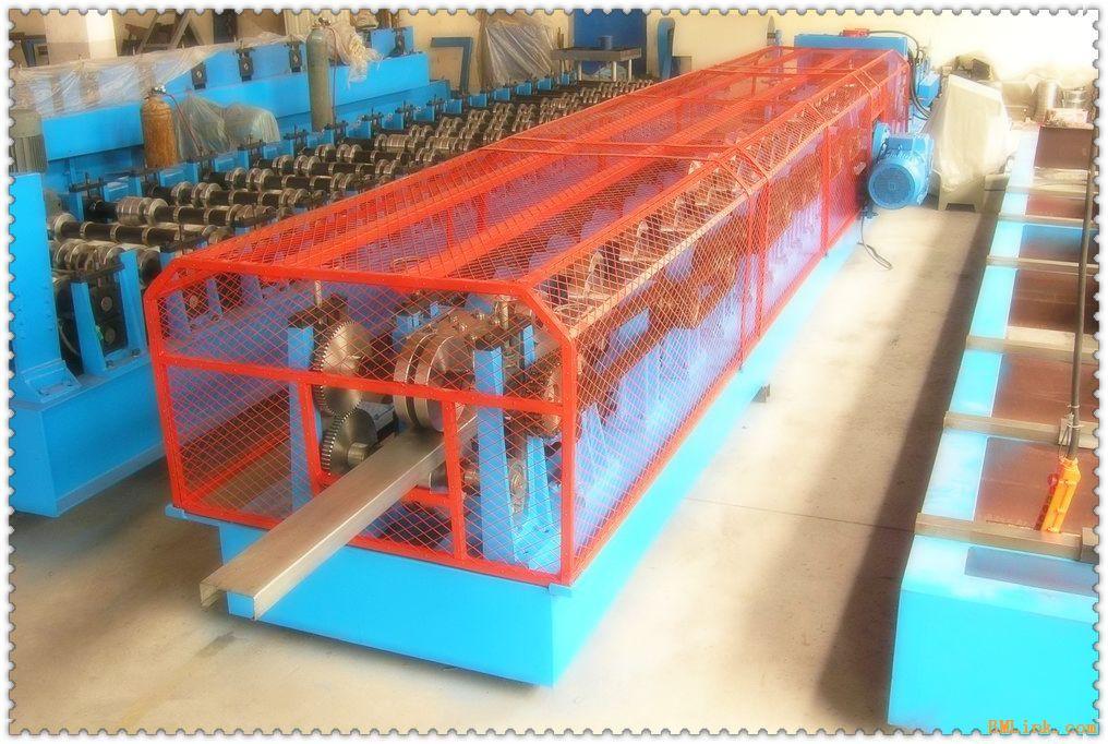 供应c z型钢自动互换成型设备