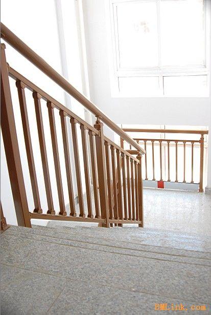 新潮时尚铁艺楼梯,氟碳木纹楼梯-【效果图,产品图,图