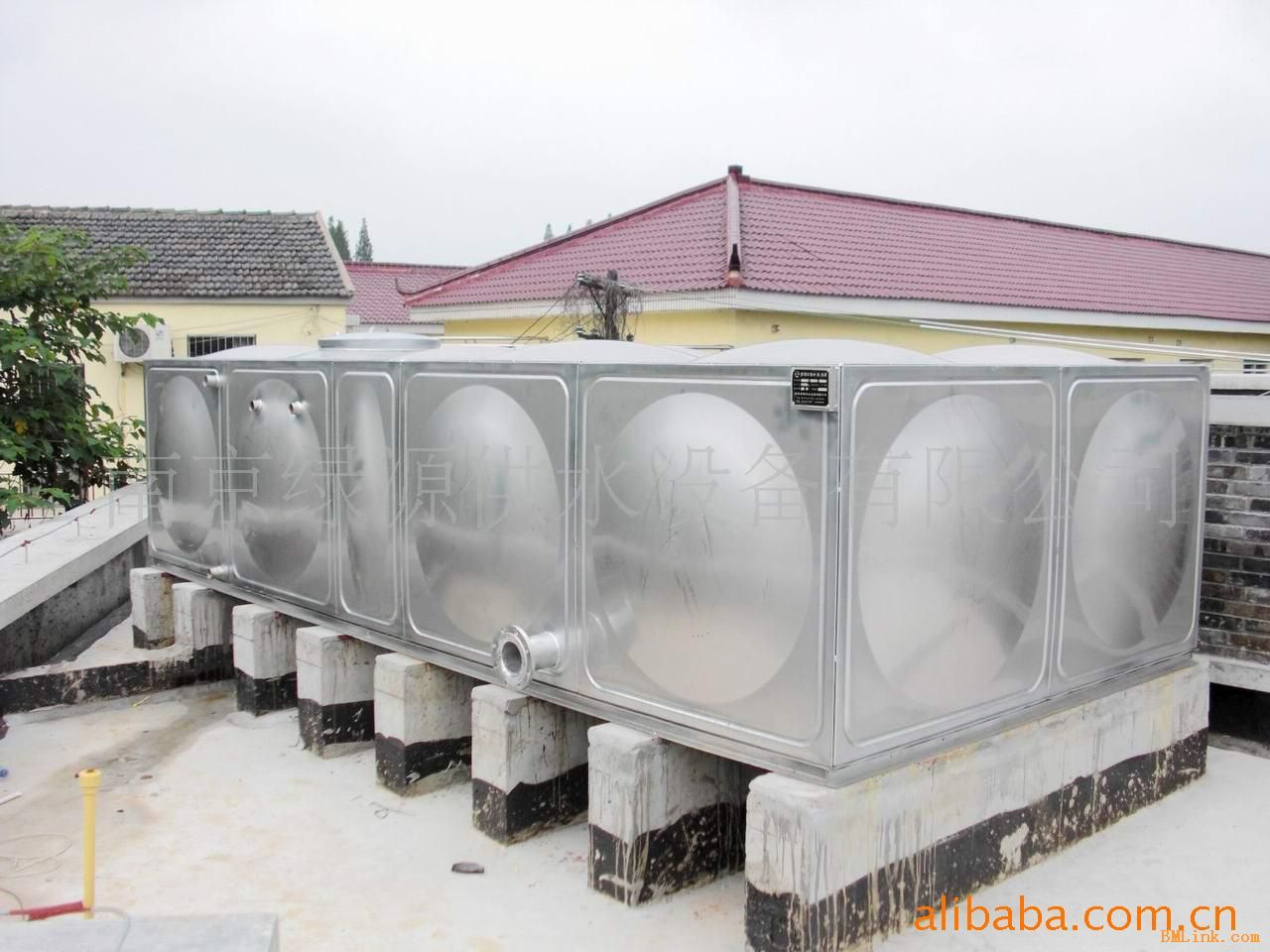供应不锈钢组合水箱 不锈钢水箱