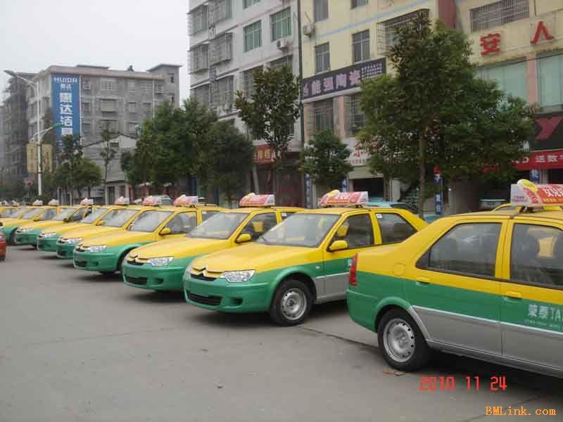 供应出租车led顶灯屏高清图片