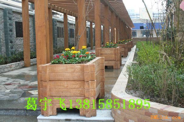 无锡木花车,无锡木树池,无锡防腐木,无锡庭院绿化防腐木景观,无锡木屋