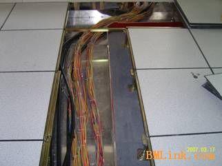 供应防静电地板 抗静电地板 机房走线方便