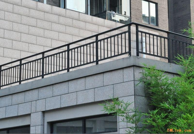 供应阳台护栏 镀锌管阳台护栏 组装阳台护栏