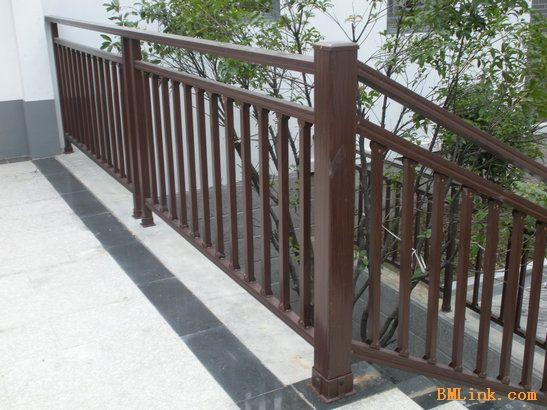 别墅装修安全楼梯扶手 户外楼梯扶手