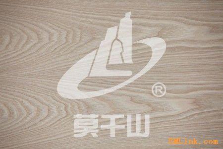 莫干山水曲柳花纹浮雕贴面板