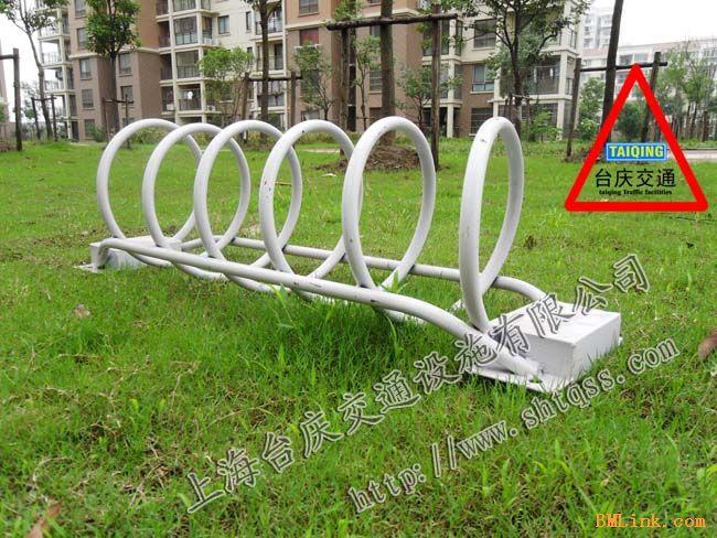 供应超市车辆停放架?武汉圆形自行车架?