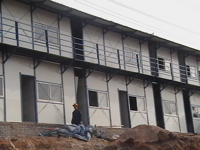 二层楼房.彩钢围挡及板房设计.制作.安装.