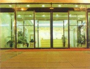 北京安装玻璃门维修玻璃门 换玻璃门地弹簧