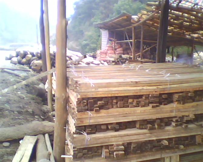 湖南省桃源县西安镇木材加工厂