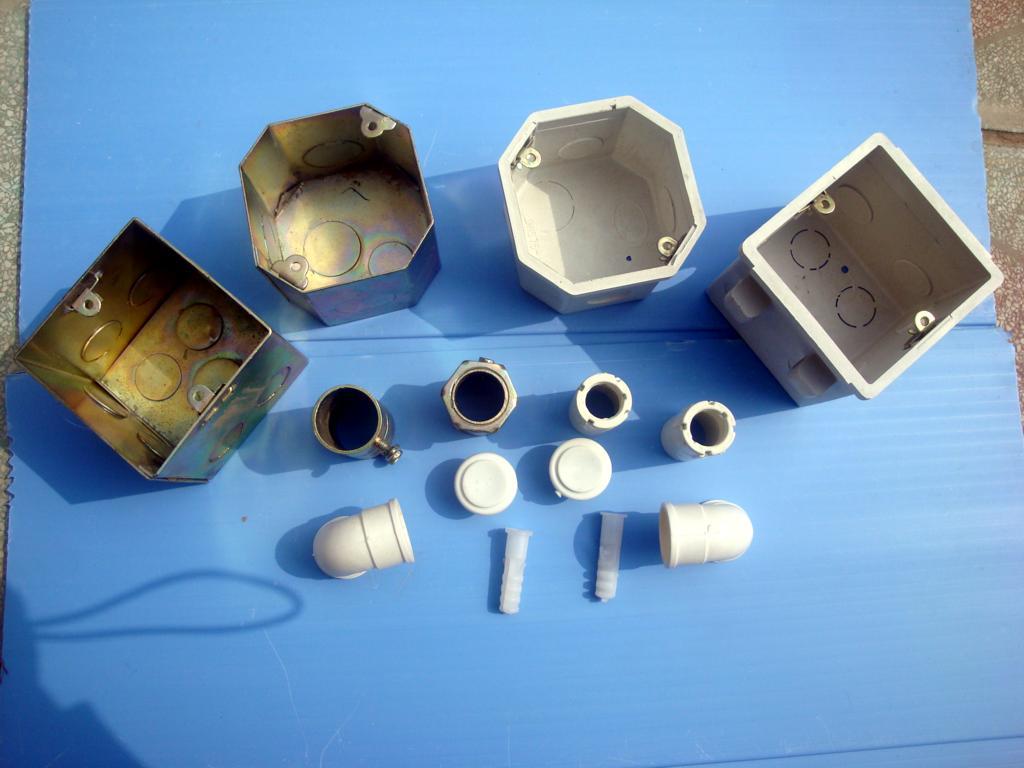 为建筑用86系列金属接线盒,jdg管件,pvc接线盒,明盒,pvc电线导管配件