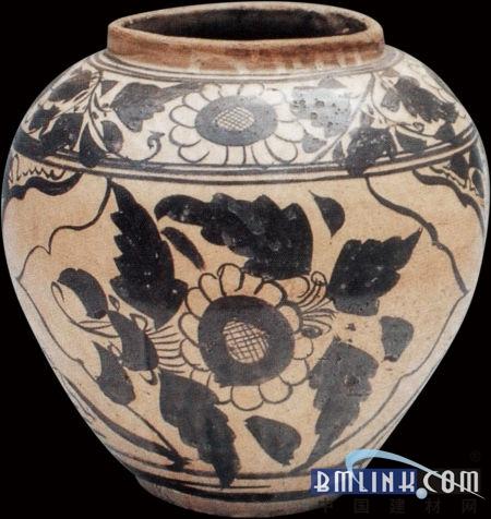 冈山美术馆,永青文库,箱根美术馆,白鹤美术馆等收藏有磁州窑精品56件