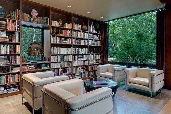 达拉斯落地玻璃泳池休闲大宅设计欣赏